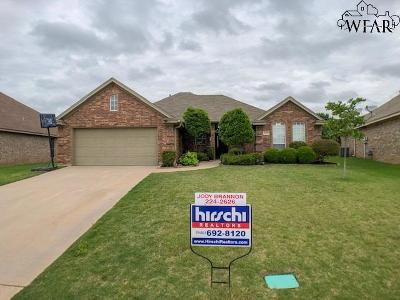 Wichita Falls Single Family Home Active W/Option Contract: 5220 Sunnybrook Lane