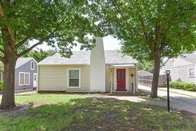 Archer County, Baylor County, Clay County, Jack County, Throckmorton County, Wichita County, Wise County Single Family Home For Sale: 1925 Ardath Avenue