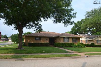 Wichita Falls Single Family Home For Sale: 4530 Melody Lane