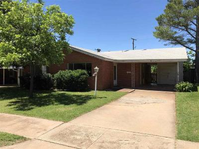Wichita Falls Single Family Home For Sale: 2030 Gloria Lane