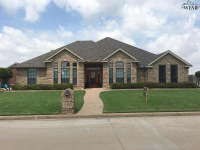 Burkburnett Single Family Home For Sale: 1404 Quail Run