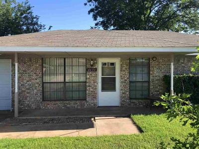 Wichita Falls Single Family Home Active W/Option Contract: 4633 Jennings Avenue