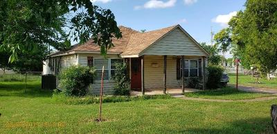 Wichita County Single Family Home For Sale: 300 E Alameda Street