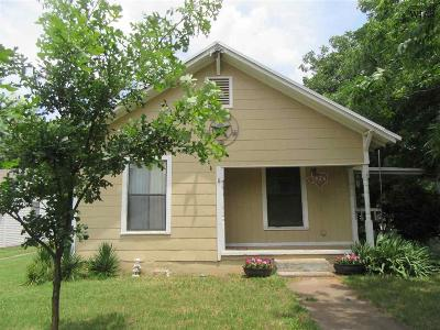 Wichita Falls Single Family Home For Sale: 1626 Dayton Avenue