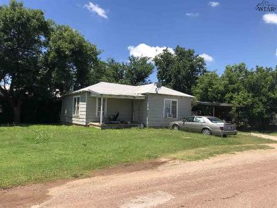 Archer County, Baylor County, Clay County, Jack County, Throckmorton County, Wichita County, Wise County Single Family Home For Sale: 308 E Franklin Street