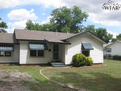 Burkburnett Single Family Home For Sale: 515 Bluebonnet Street