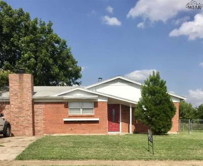 Wichita Falls Single Family Home For Sale: 4109 Thelma Drive