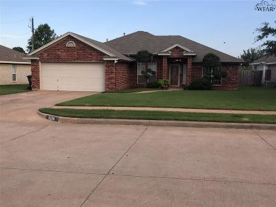 Wichita Falls Single Family Home Active W/Option Contract: 5008 Trinidad Drive