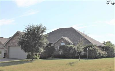 Wichita Falls Single Family Home Active W/Option Contract: 4800 Pinehurst Drive