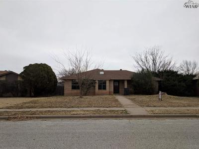 Wichita Falls Single Family Home For Sale: 3 McNabb Circle