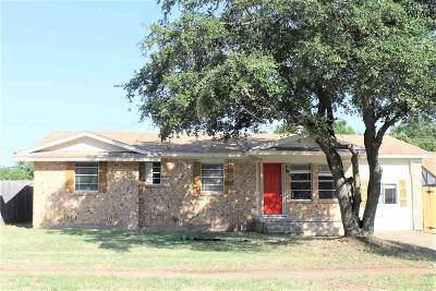 Wichita Falls Single Family Home For Sale: 4654 Mistletoe Drive