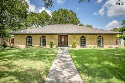 Wichita Falls Single Family Home For Sale: 2306 Brook Hollow Drive
