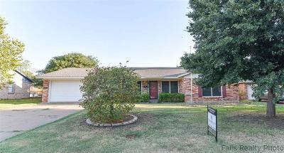 Wichita Falls Single Family Home For Sale: 4610 Chuck Drive