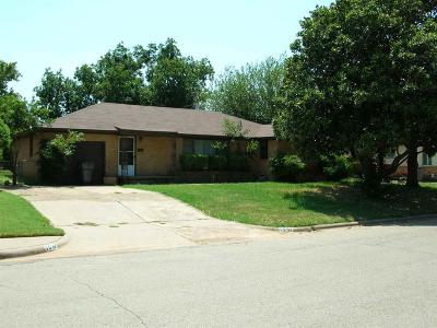 Wichita Falls Single Family Home For Sale: 1537 Cynthia Lane