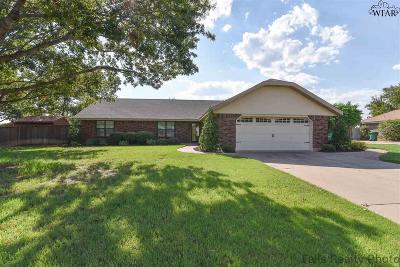 Burkburnett Single Family Home For Sale: 1118 Quail Run