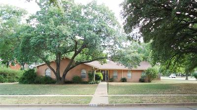 Wichita Falls Single Family Home For Sale: 2311 Berkeley Drive