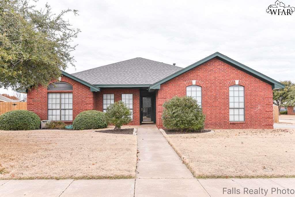 Ford House Wichita Falls Tx >> 5300 Pepperbush Drive Wichita Falls Tx Mls 155151