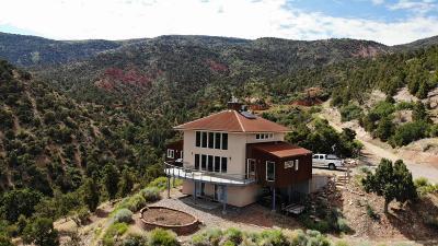 Parowan Single Family Home For Sale: 2035 S Vermilion