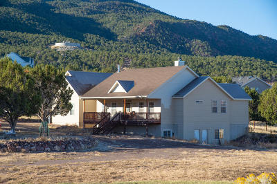 Parowan Single Family Home For Sale: 374 S 1050 W