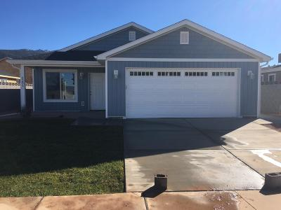 Parowan Single Family Home For Sale: 2291 W 450 S