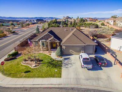Cedar City Single Family Home For Sale: 2303 W Crestview Cir