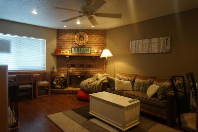 Brian Head Condo/Townhouse For Sale: 561 S Vasels