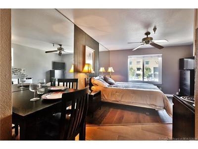 Park City UT Condo/Townhouse For Sale: $138,000