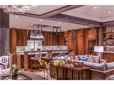 Condo/Townhouse For Sale: 8902 Empire Club Drive #602