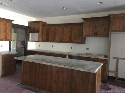 Kamas And Marion Area Condo/Townhouse For Sale: 338 E 370 South #7