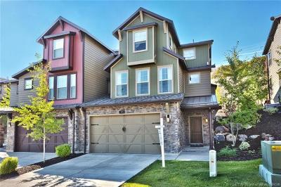 Heber City Condo/Townhouse For Sale: 915 W Abigail Drive #122