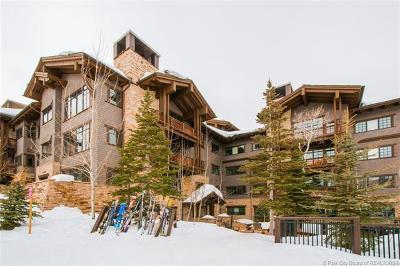 Condo/Townhouse For Sale: 8886 Empire Club Drive #305
