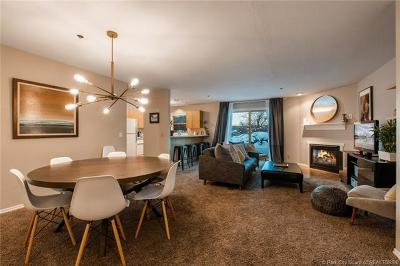 Park City Condo/Townhouse For Sale: 509 Saddle View Way #21
