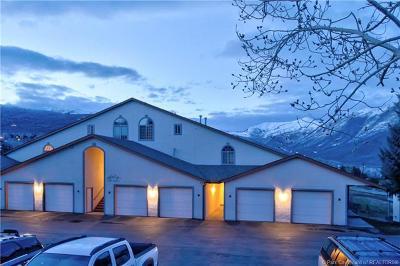 Condo/Townhouse For Sale: 984 Uri Lane #3