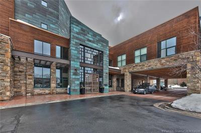 Park City Condo/Townhouse For Sale: 1456 Newpark Boulevard #214