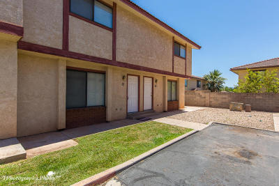 St George UT Condo/Townhouse For Sale: $130,000
