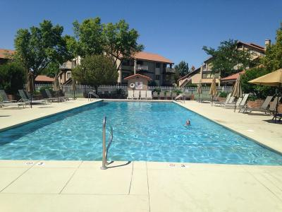 St George Condo/Townhouse For Sale: 860 S Village Rd #i-4