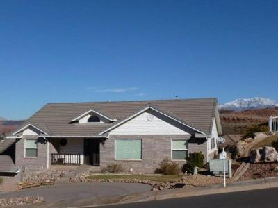 St George UT Single Family Home For Sale: $344,900