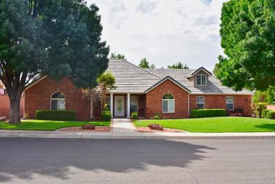 Washington Single Family Home For Sale: 648 Meadow Ln