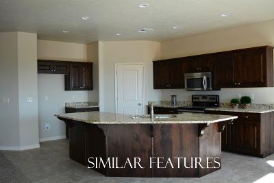 Washington Single Family Home For Sale: Sun Dusk Ln