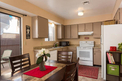 St George Condo/Townhouse For Sale: 1150 W 360 N #32