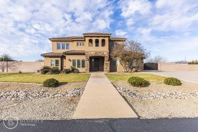 Washington Single Family Home For Sale: 3202 S Aurora Ln
