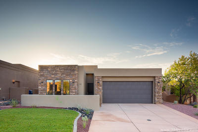 St George UT Single Family Home For Sale: $420,000