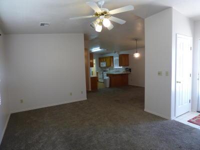Washington Single Family Home For Sale: 504 E Telegraph #16