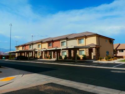 St George Condo/Townhouse For Sale: 2801 E 450 #206