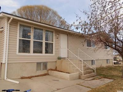 Huntington Single Family Home For Sale: 160 W 100 N N