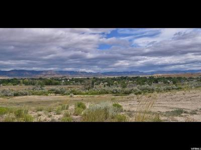 Residential Lots & Land For Sale: 700 E Riverside Dr