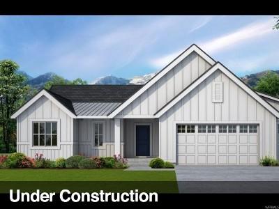 Saratoga Springs Single Family Home For Sale: 53 E Paradise Ct S #111