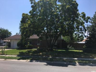 West Valley City Single Family Home For Sale: 4371 W Sunnyvale Dr