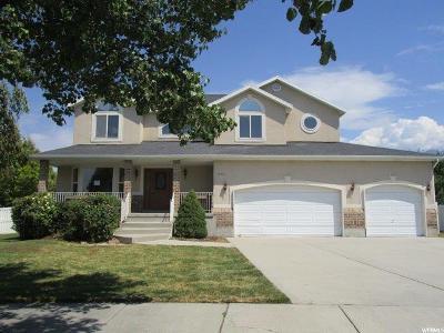 Draper Single Family Home For Sale: 12521 S Pebblebrook Way E