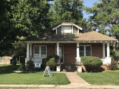 Single Family Home For Sale: 210 S 100 W